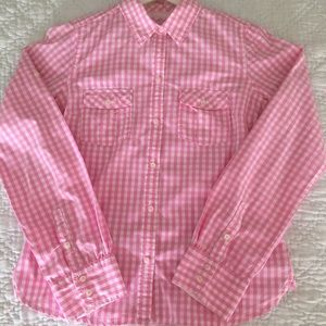 Pink (and cute!) alert - Gingham Pink button down!